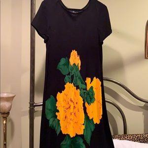 gorgeous elegant black/yellow dress